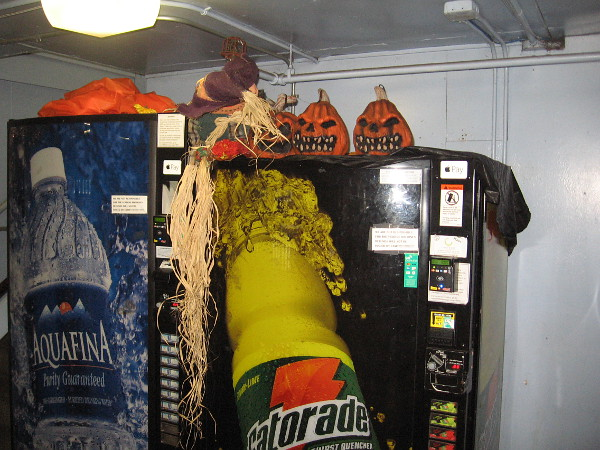 And I found these creepy Halloween pumpkins on their Gatorade vending machine!