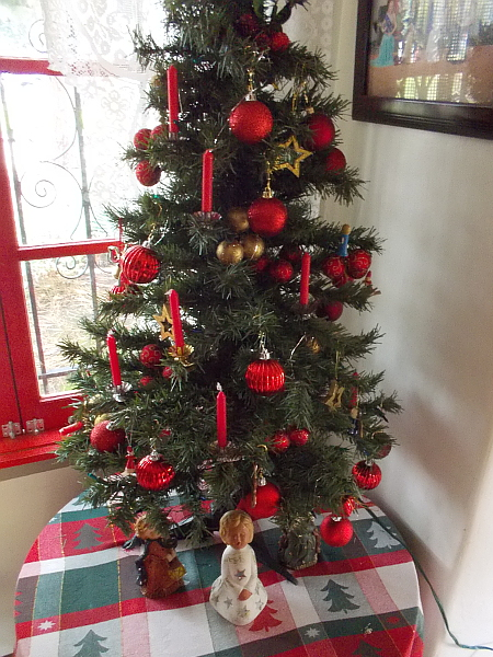 A traditional Christmas tree at the House of Germany.