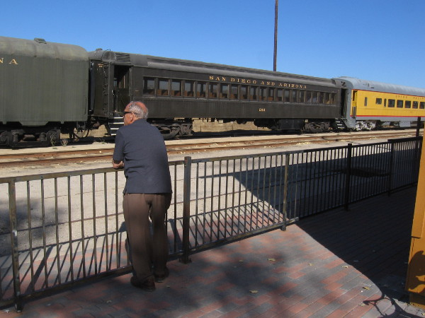 Gazing out at a few of the many old rail cars owned by the Pacific Southwest Railway Museum.