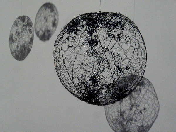 Nucleus 1, 2019, by Anne Mudge. Artistic wire representation of folded strands of DNA, which in reality are about 6.5 feet long and packed inside a cell's microscopic nucleus.