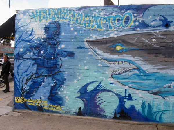 Left part of fantastic shark mural at Even Keel Tattoo, by artists Nate Banuelos and Kyle Walker.