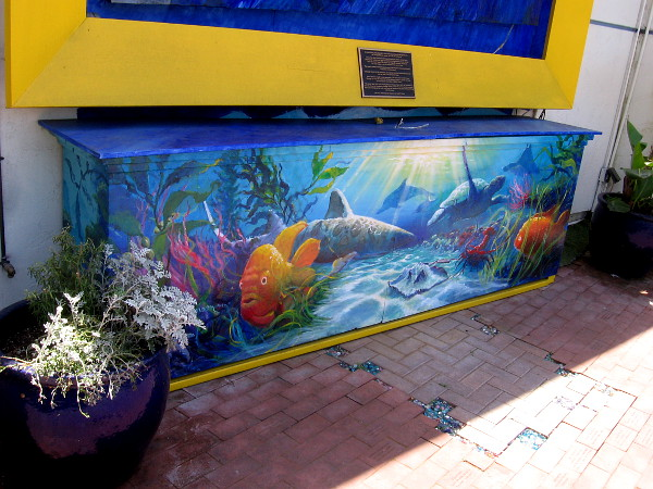 A beautiful environmental mural shows fish and other sea life, by Encinitas artist Kevin Anderson.