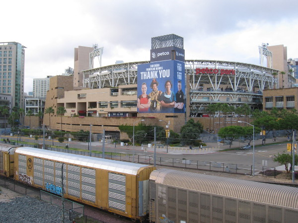 A large building wrap thanking heroes during the coronavirus pandemic has appeared on Petco Park in San Diego.