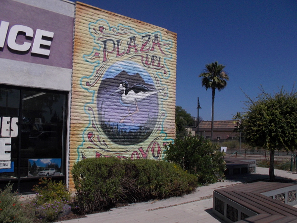 Plaza del Arroyo mural near North Broadway and Escondido Creek features a wading bird.
