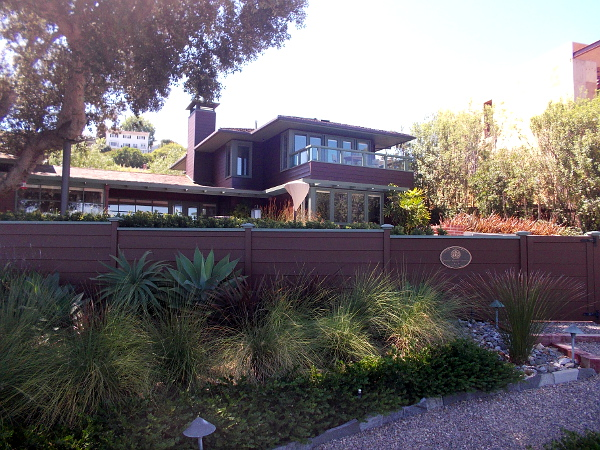 The Conard-Arrington House built in 1949. This ranch style home, designed by Roy Drew, is City of San Diego Historical Landmark No. 460.