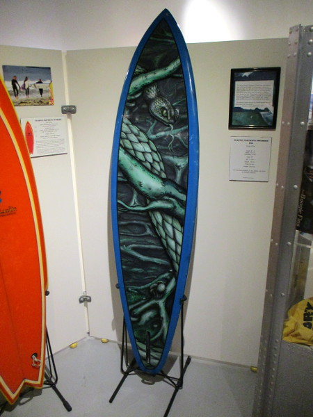 Plastic Fantastic rounded pin surfboard, with cool artwork by Randall Kraemer.