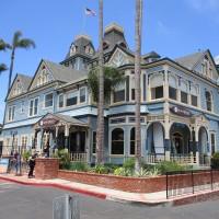 Photos of Carlsbad's grand, historic Twin Inns.