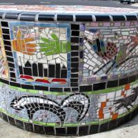 The extraordinary mosaics of Azalea Park!